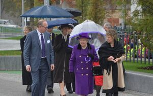 1308214 The Queen arrives at Jubilee Gardens