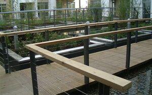 Pimlico Courtyard 2004 0622 081552 AA